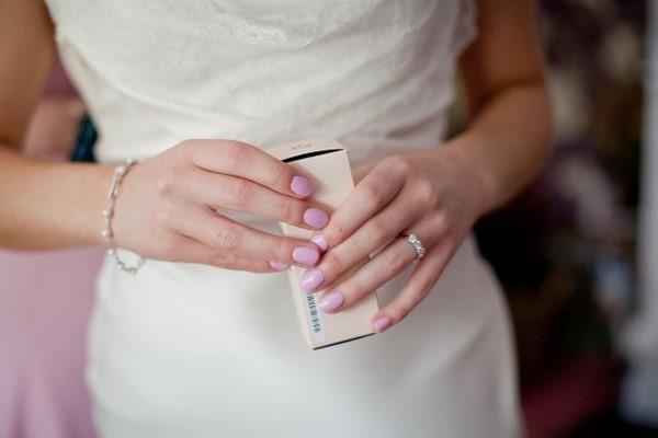 Свадебный маникюр 2020-2021 - модные тенденции маникюра для невесты