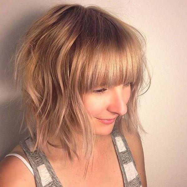Женские стрижки на средние волосы - фото новинки 2020-2021 года