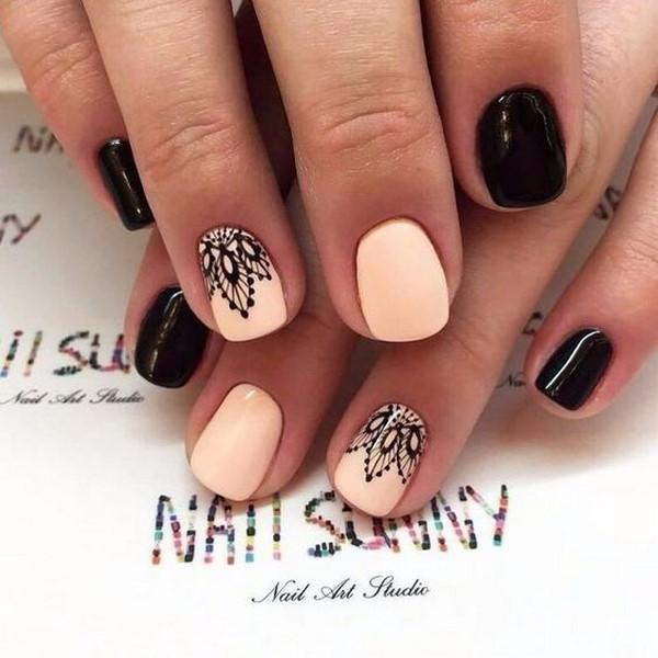 фото маникюр с рисунком на короткие ногти