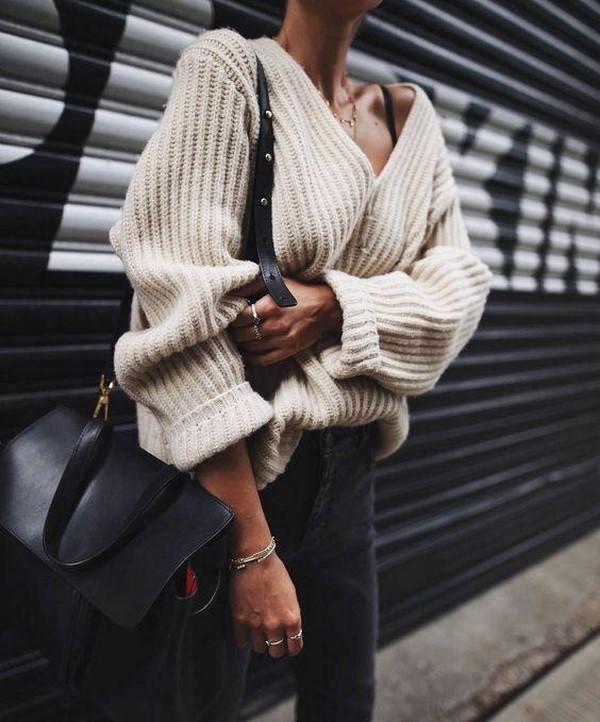 10 самых модных женских свитеров 2019-2020 года – новинки и тренды