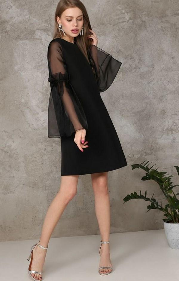 af9cc2fb878769b Кружевное маленькое черное платье больше относящееся к вечерним нарядам, не  утратило своей актуальности и в нынешнем сезоне.