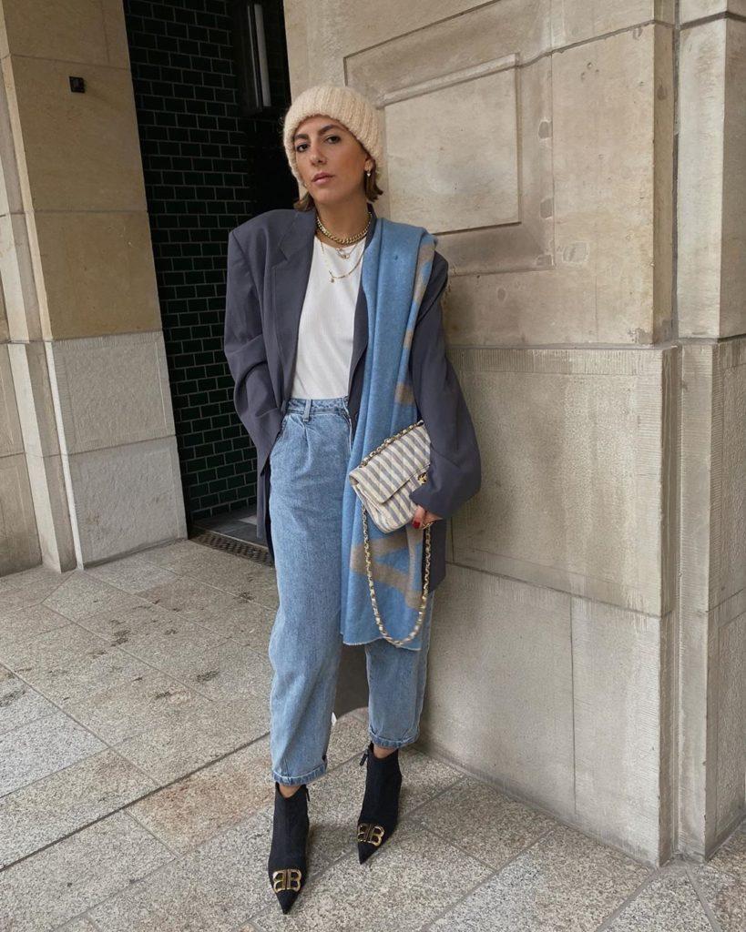 Дополняем образ стильным шарфиком! Как носить модные женские шарфы 2021-2022