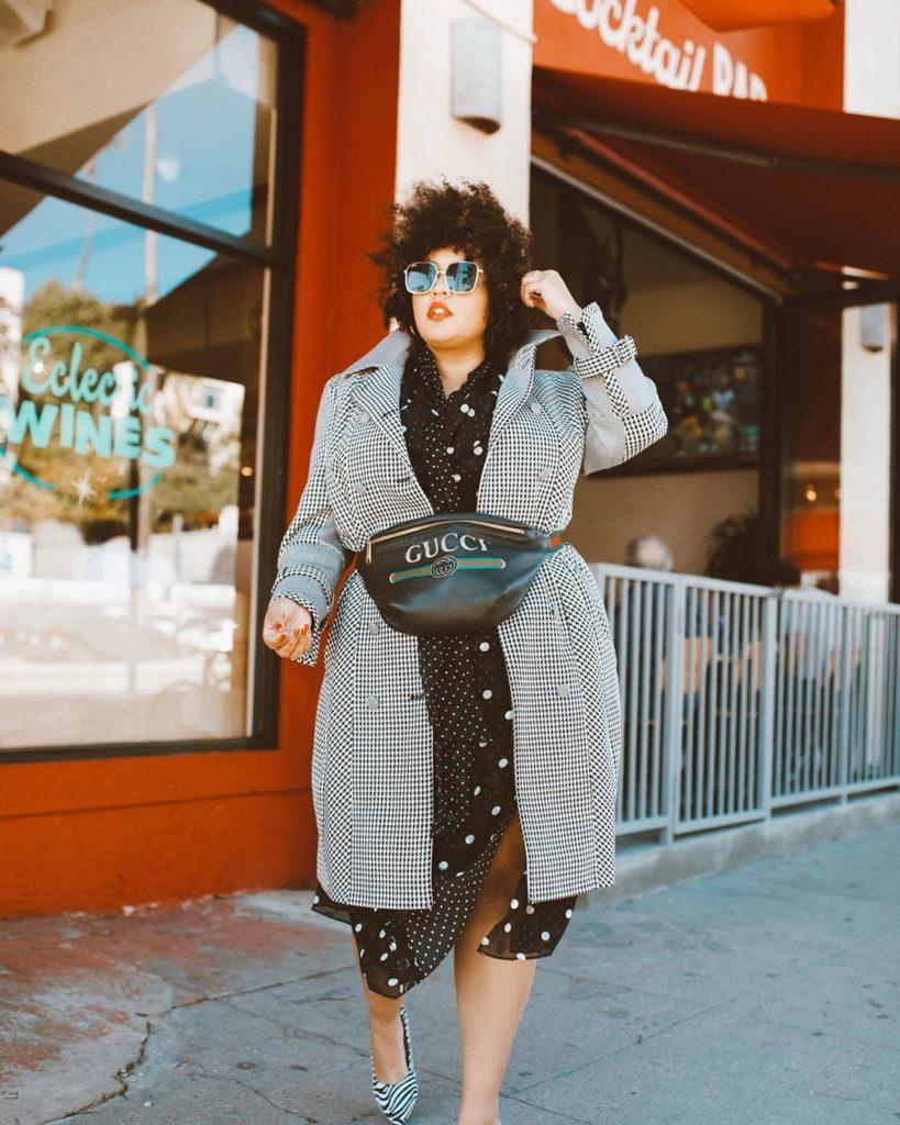 Как одеваться полным девушкам осенью и зимой 2020-2021 - подборка стильных луков