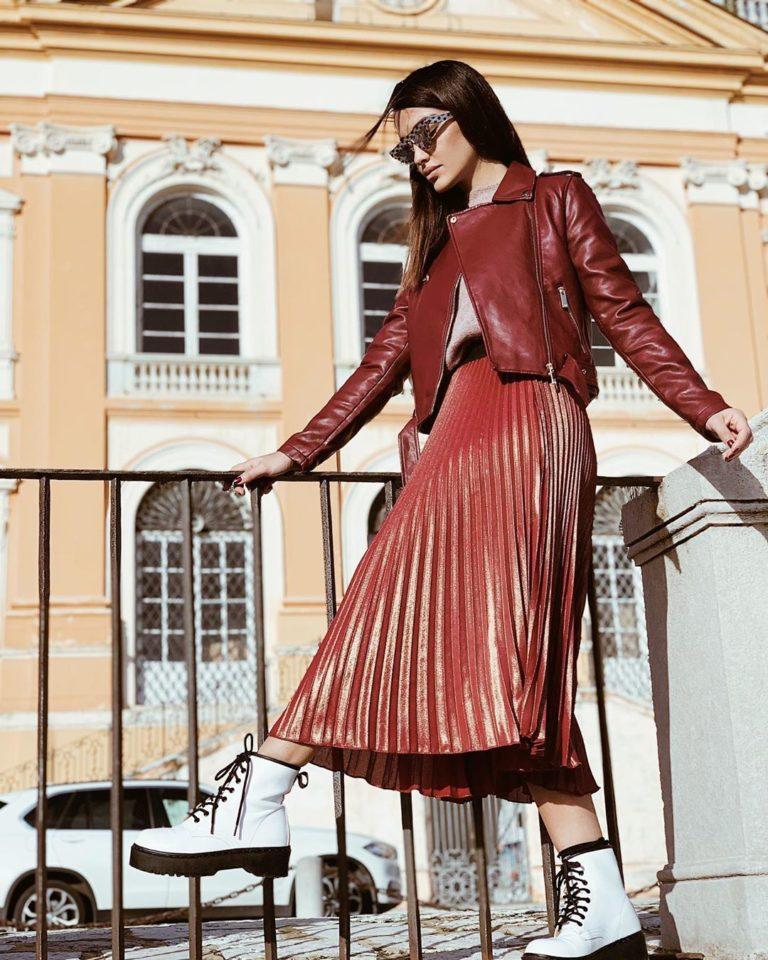 Модная юбка плиссе 2021-2022: новые образы и модели плиссированных юбок