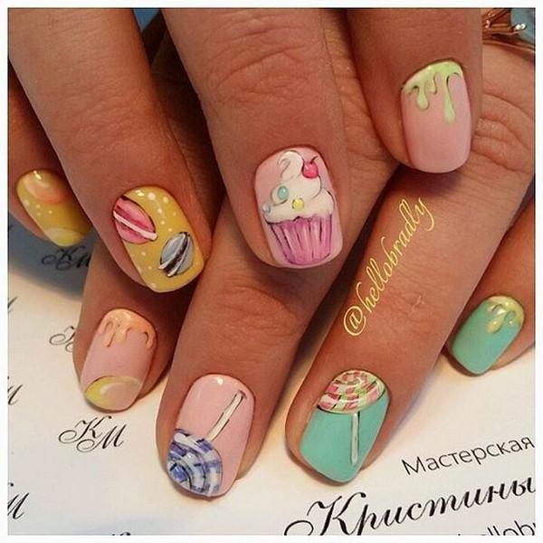 Фруктовые рисунки на ногтях